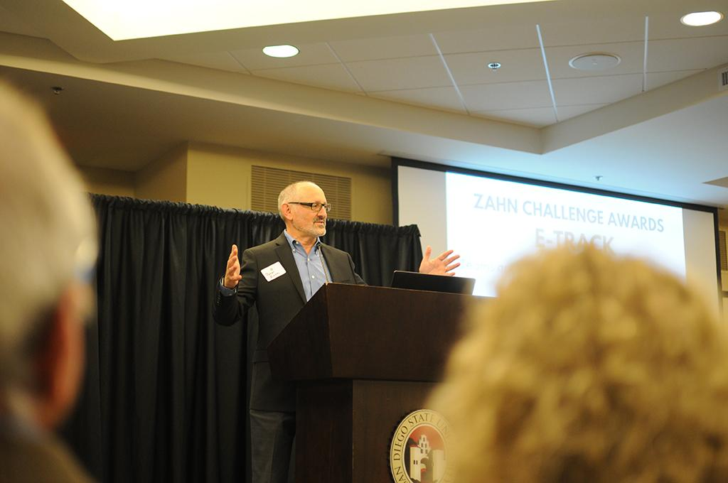 Peter Zahn speaking to the audience